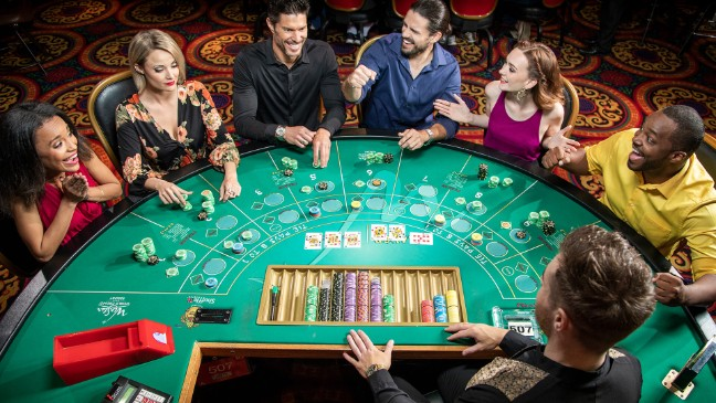 Casino Guides – What You Should Know about Playing Online